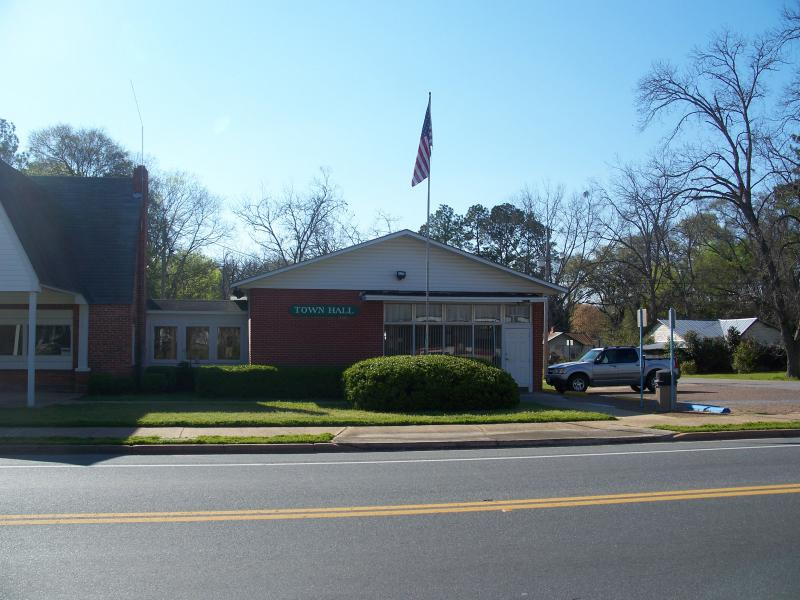Greenwood town hall01