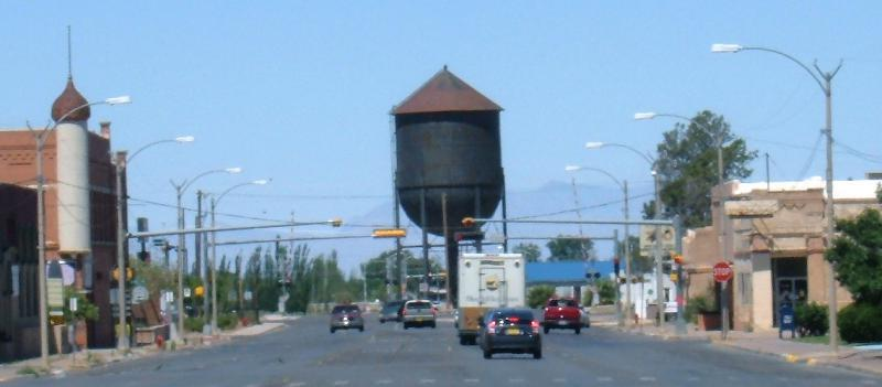 Alamogordo Tenth Street water tower long shot